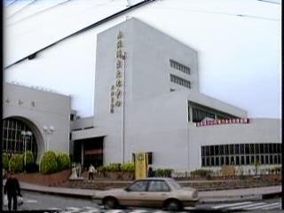 下一部影片 >: 1989江山萬里行‧林藝斌攝影展